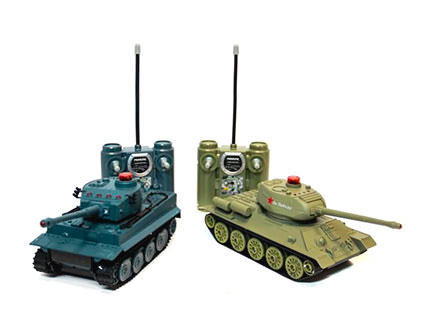 Радиоуправляемый танковый бой Huan Qi Т34 и Tiger 508-555 масштаб 1:32
